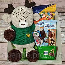Подарочный набор Бокс Северный Олень с набором сладостей от Санты / box - 004