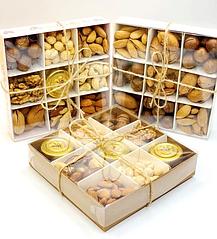 Наборы с орехами, сухофруктами и цукатами