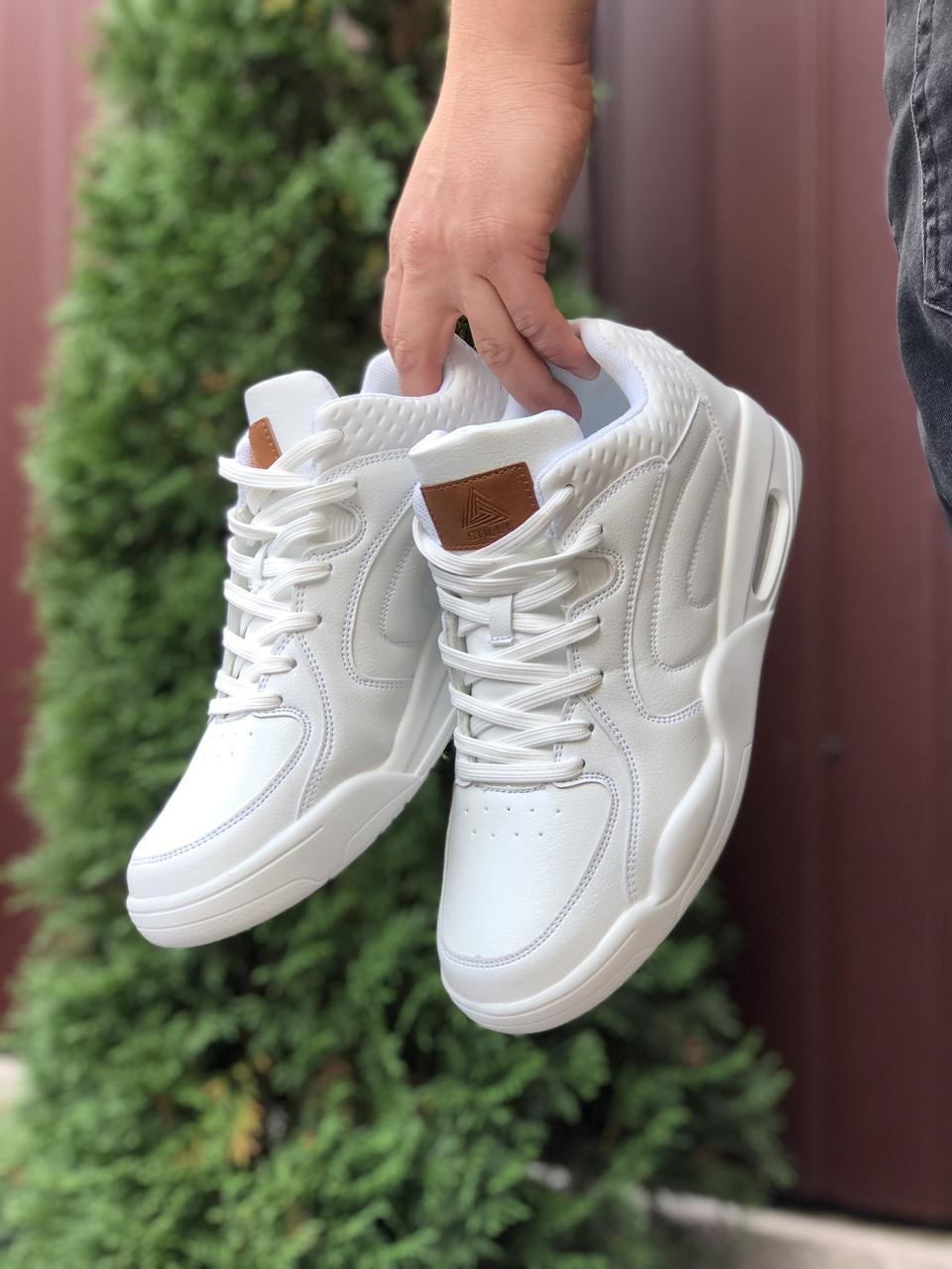 Кросівки чоловічі в стилі Stilli  білі