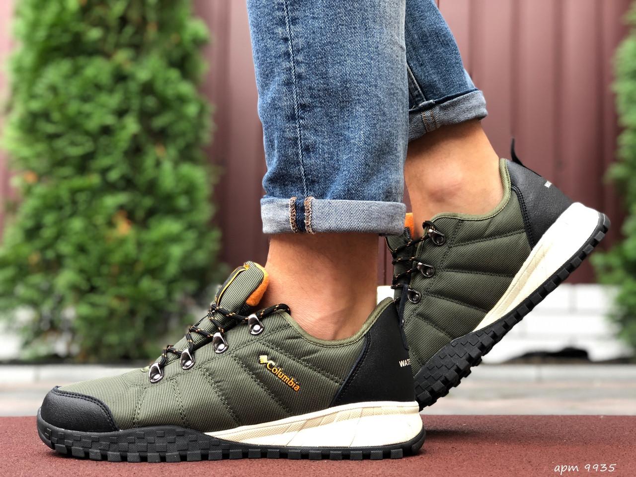 Кросівки чоловічі в стилі Columbia темно зелені  ( термо )