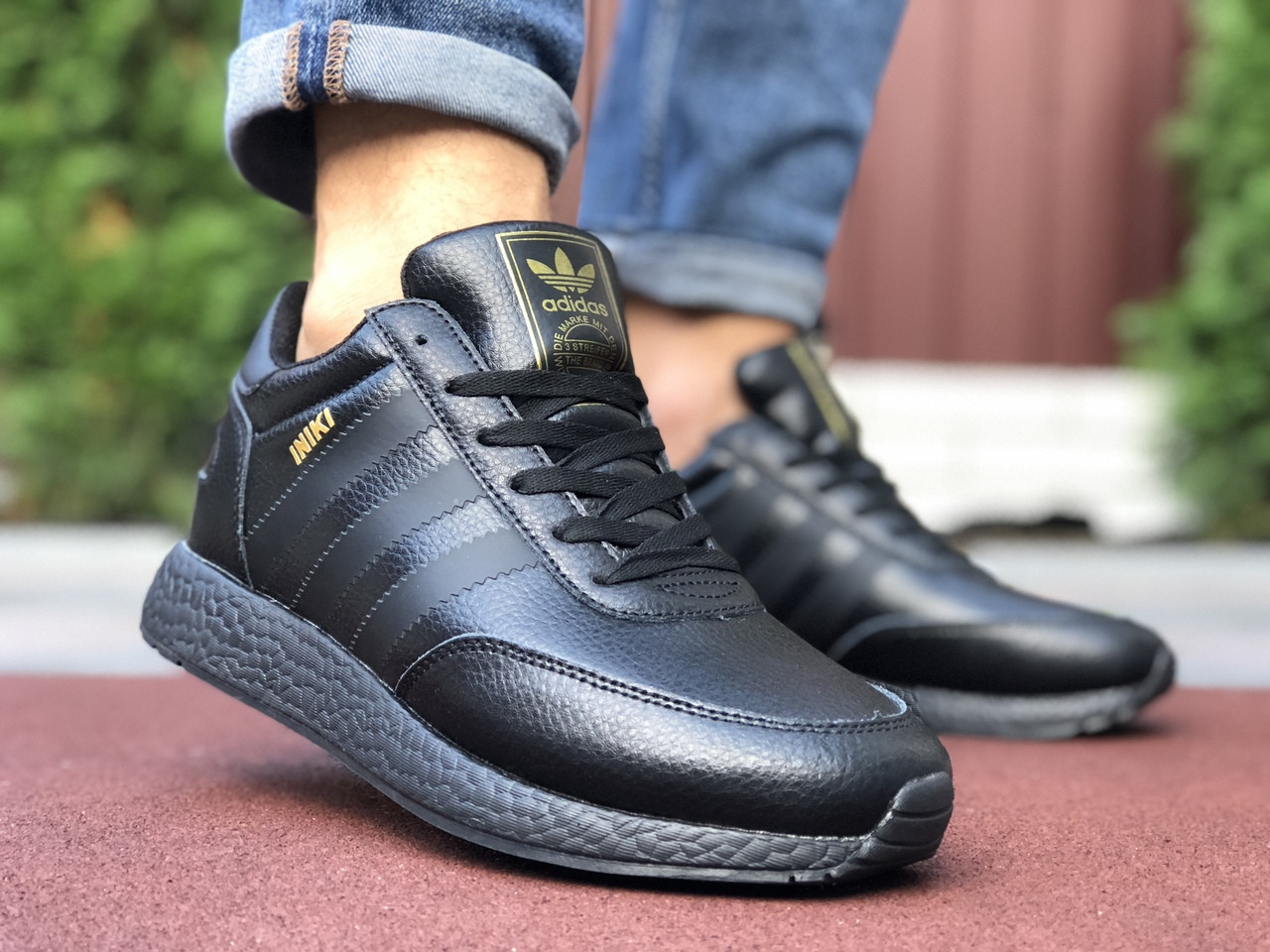 Кросівки чоловічі в стилі Adidas Iniki  чорні