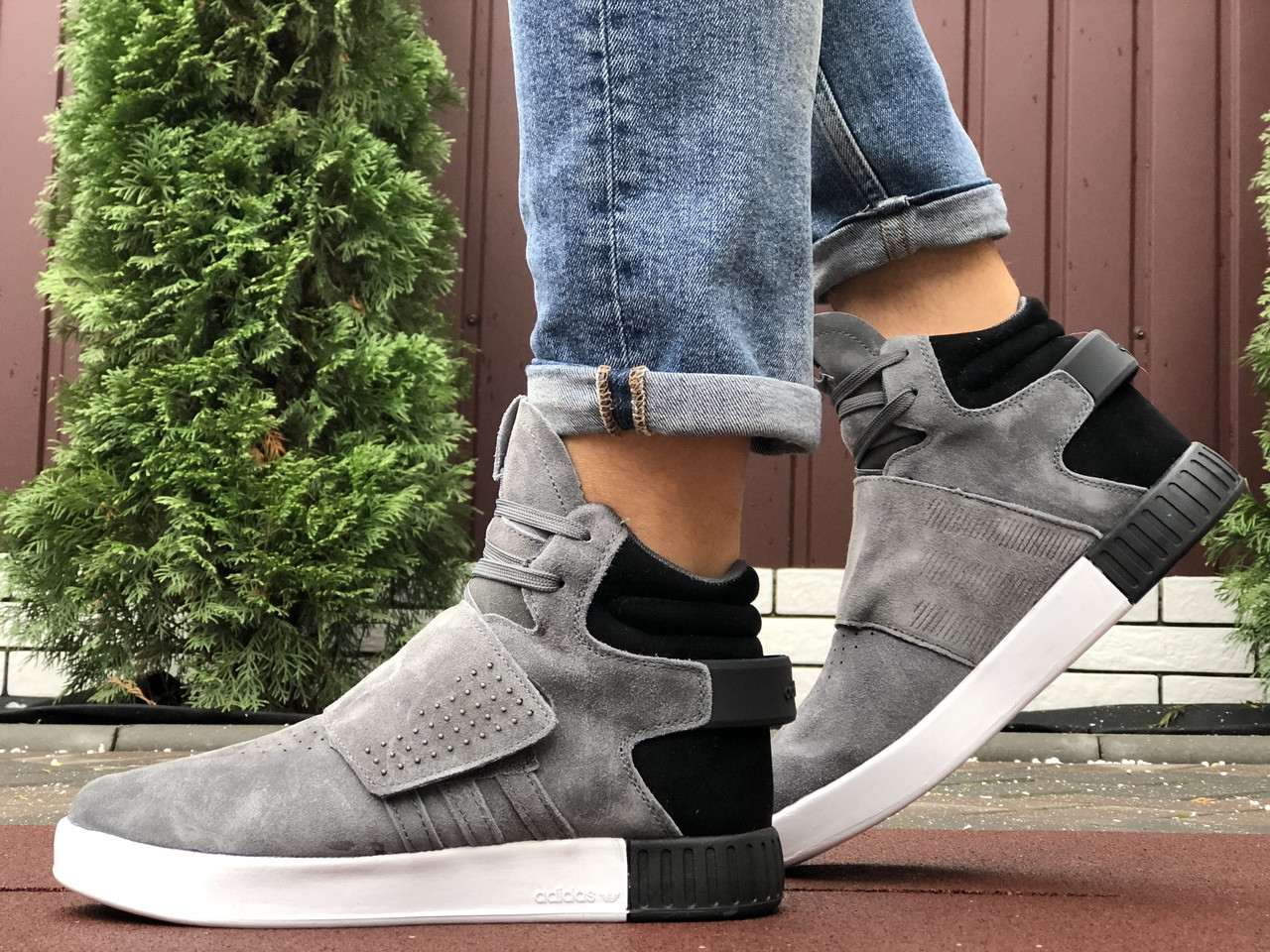 Кросівки чоловічі в стилі Adidas Tubular сірі ( зима )