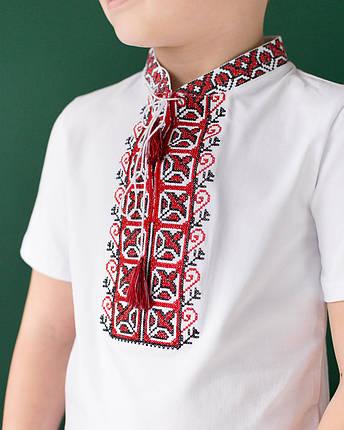 Вышитая футболка для мальчика с коротким рукавом Дем'янчик (красная вышивка), фото 2