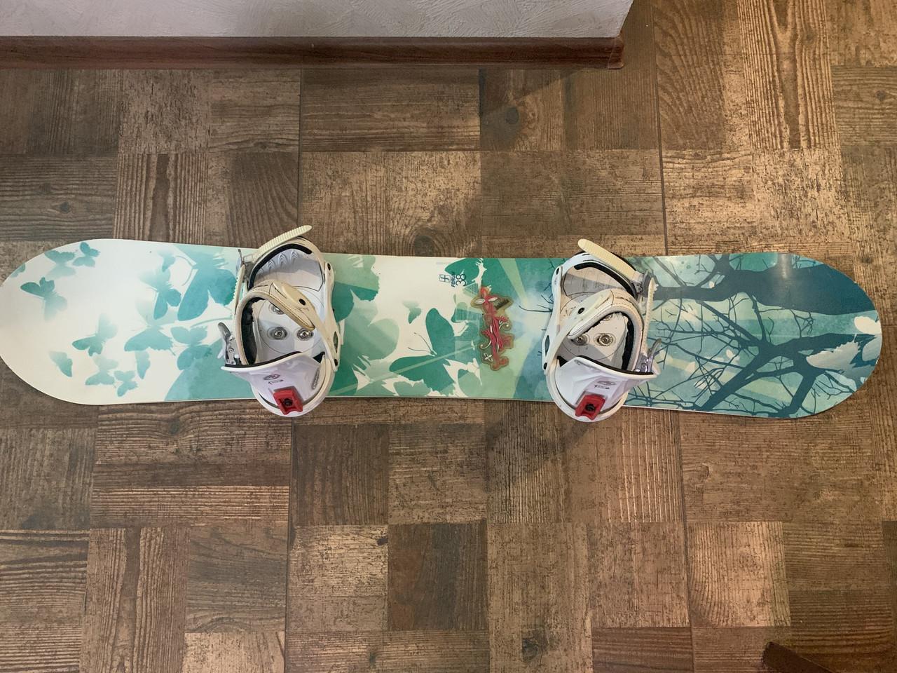 Женский сноуборд Forum 38. длина 138см крепления Drake