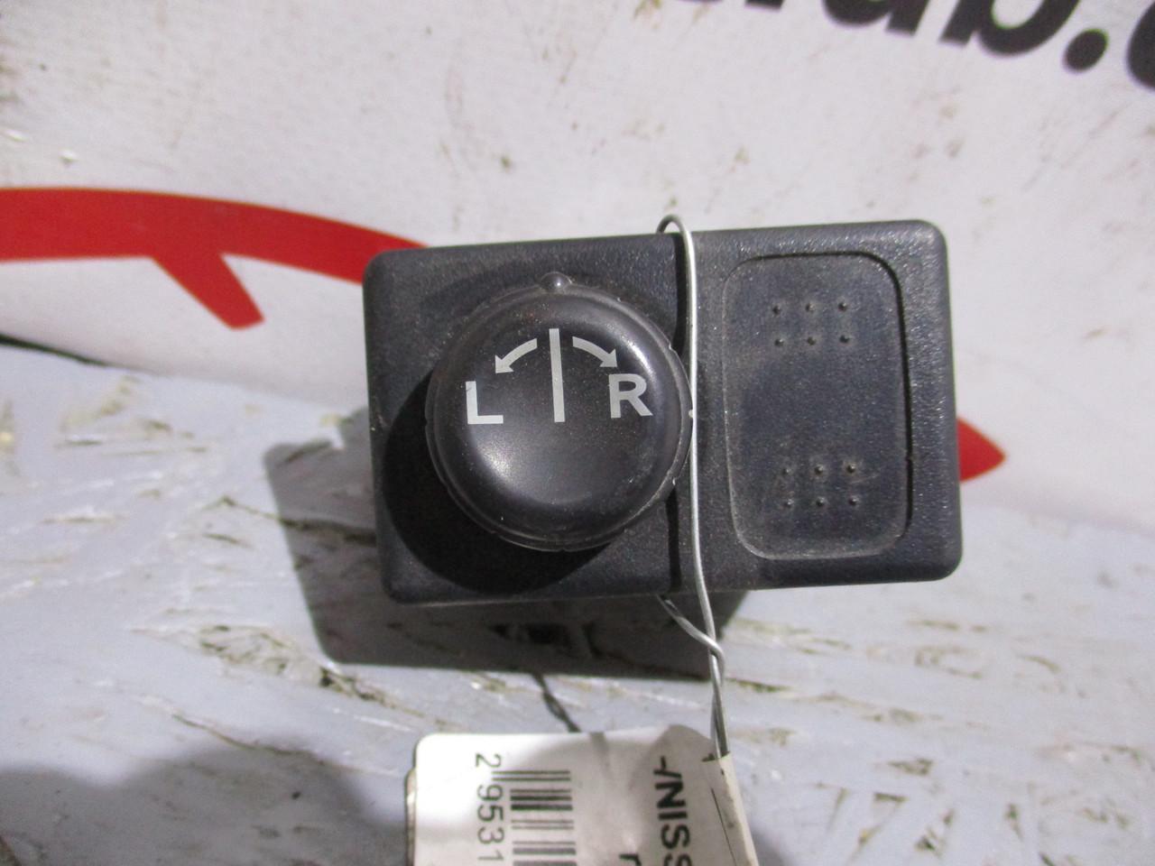 Кнопка управления зеркалами 255702Y015 (31375209) Primera P12 NISSAN