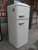 Ретро холодильник (сток) Германия