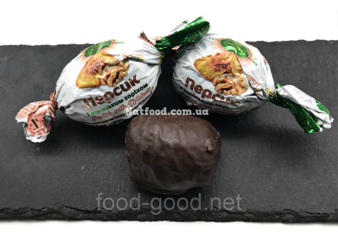 Персик в шоколаде с грецким орехом, 1кг