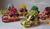 Сани из конфет. Подарок ребенку на Новый год