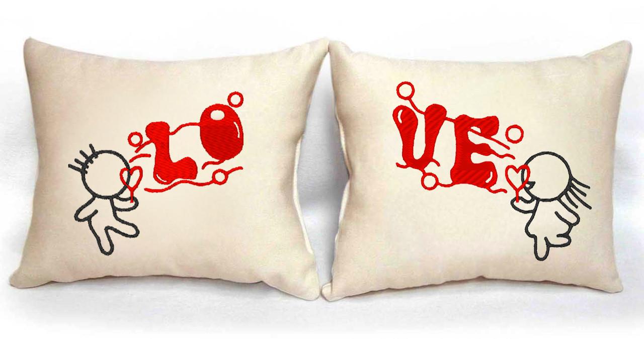 "Набор из двух подушек ""LOVE"""