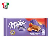 Шоколад Milka клубничный крем 100г