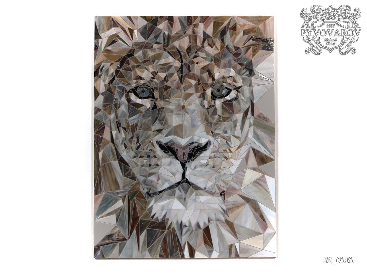 Картина Лев из аппликации цветного стекла
