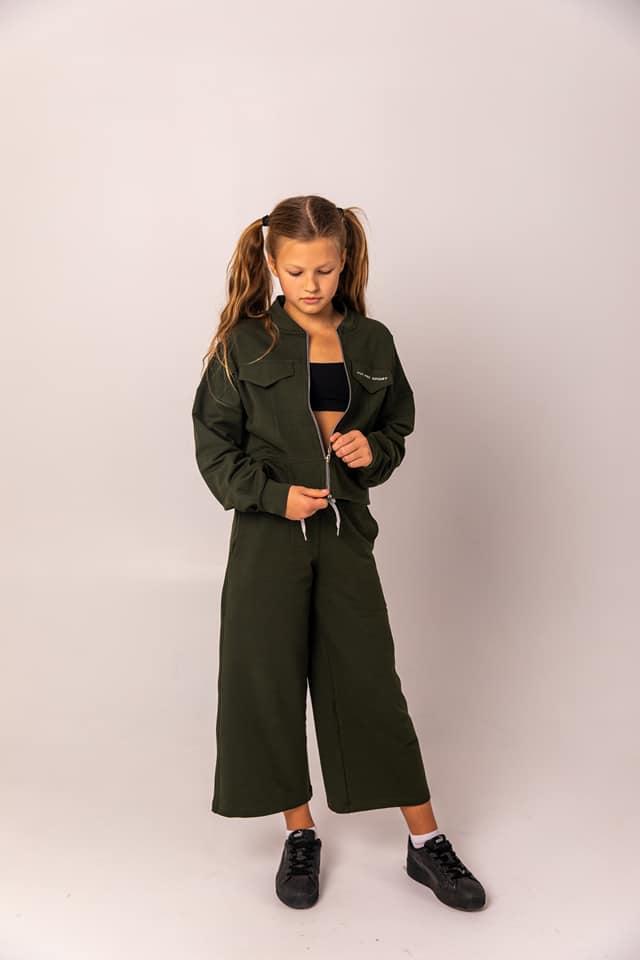 """Прогулянковий костюм з кюлотами """"SILVER STAR"""" на дівчинку підлітка колір хакі"""