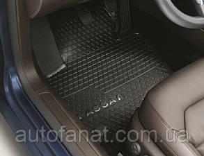 Оригинальные коврики в салон Volkswagen Passat (B6) / (B7) / CC / Alltrack (B7), передние (3C1061502A82V)