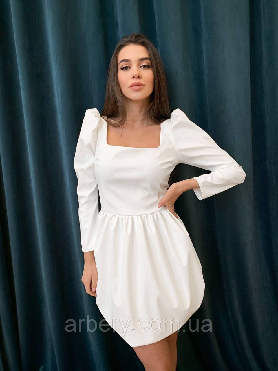 Женское кожаное платье с пышной юбкой