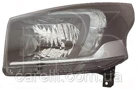 Фара правая электро Н4 для Renault Trafic 2014-19