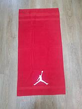 Рушник з баскетбольної символікою.