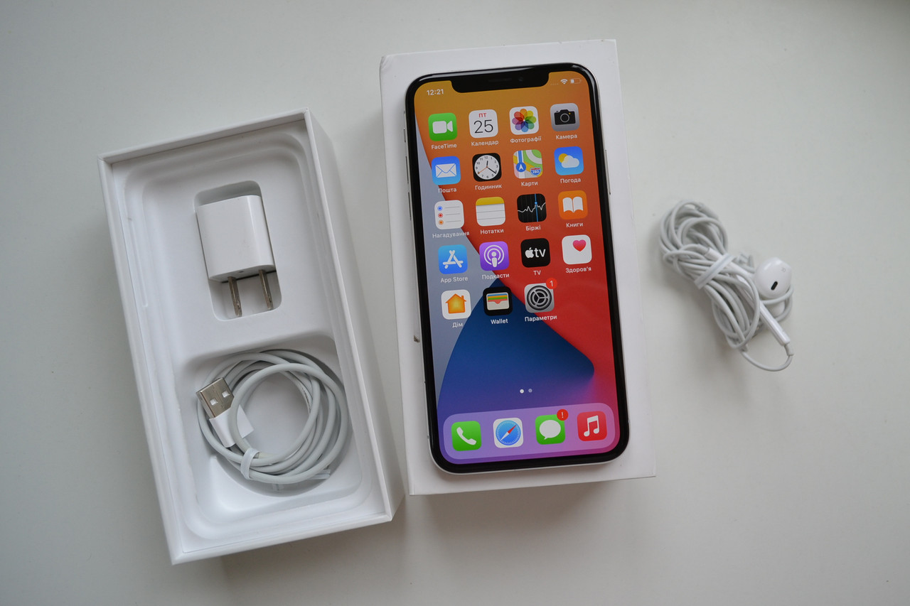 Apple Iphone X 64Gb Silver Neverlock Оригинал!
