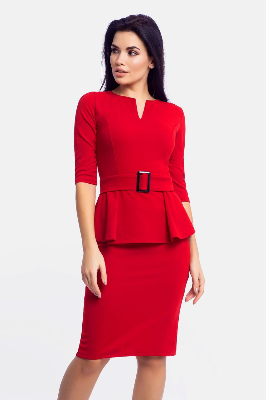 Классическое трикотажное платье Venera, красный