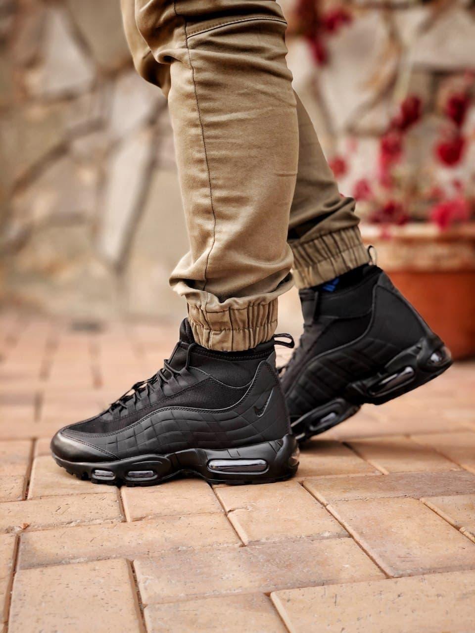 Чоловічі кросівки Nike Air Max 95 Sneаkerbоot в стилі Найк ЧОРНІ (Репліка ААА+)