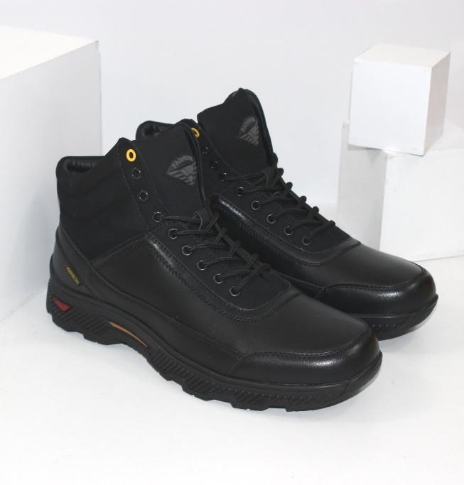 Зимние мужские спортивные ботинки черного цвета Q SHOES