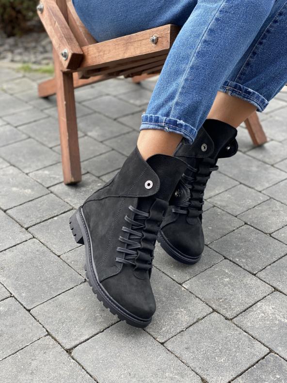 Стильные женские зимние замшевые ботинки черные-матовые Vikont