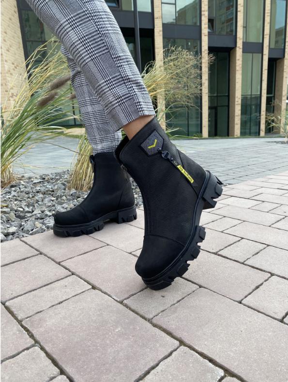 Ботинки женские кожаные черные-матовые Topas Casual