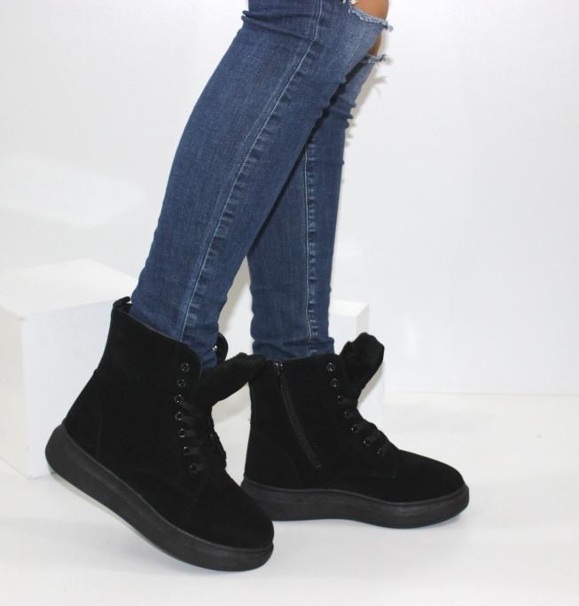 Женские зимние замшевые ботинки на шнурках и молнии