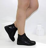 Демисезонные женские ботинки черного цвета на танкетке, фото 8