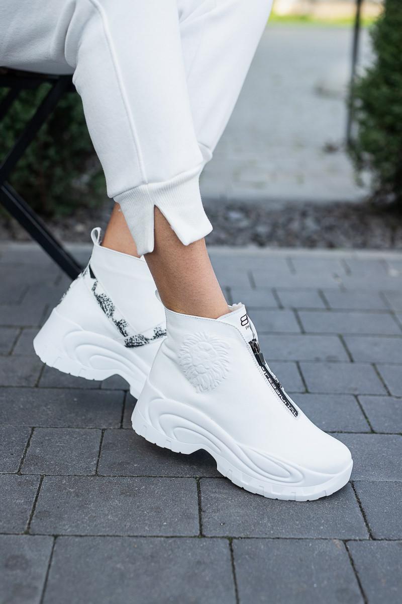 Женские ботинки кожаные зимние белые Best Vak 2020