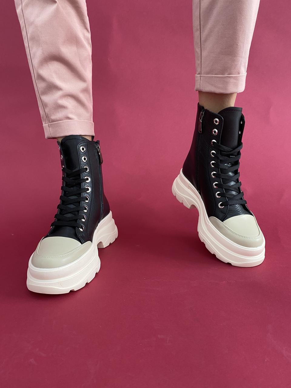 Стильные женские ботинки кожаные зимние черные Best Vak