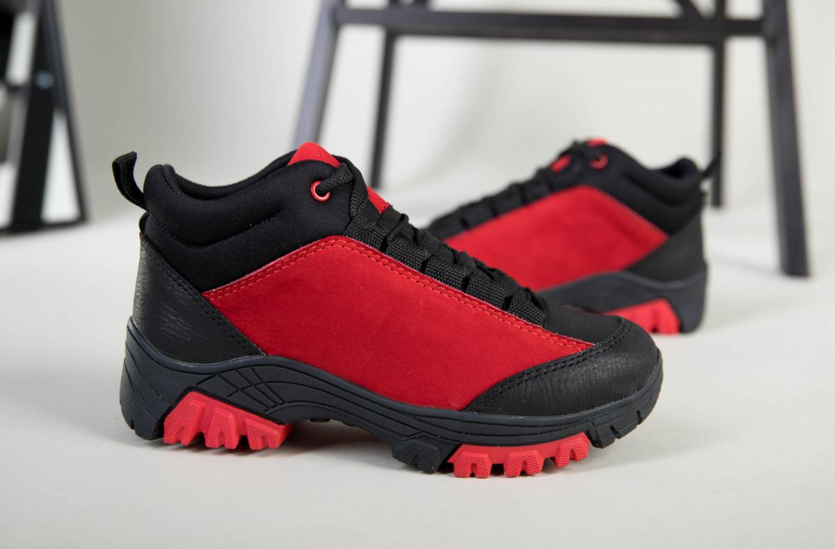 Ботинки для мальчика из нубука красные с вставками черного цвета
