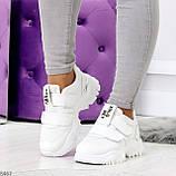 Трендовые текстильные миксовые белые женские кроссовки на липучках, фото 9