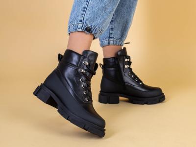 Ботинки женские кожаные черные зимние на шнурках и с замком