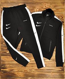 Чоловічий чорний спортивний костюм