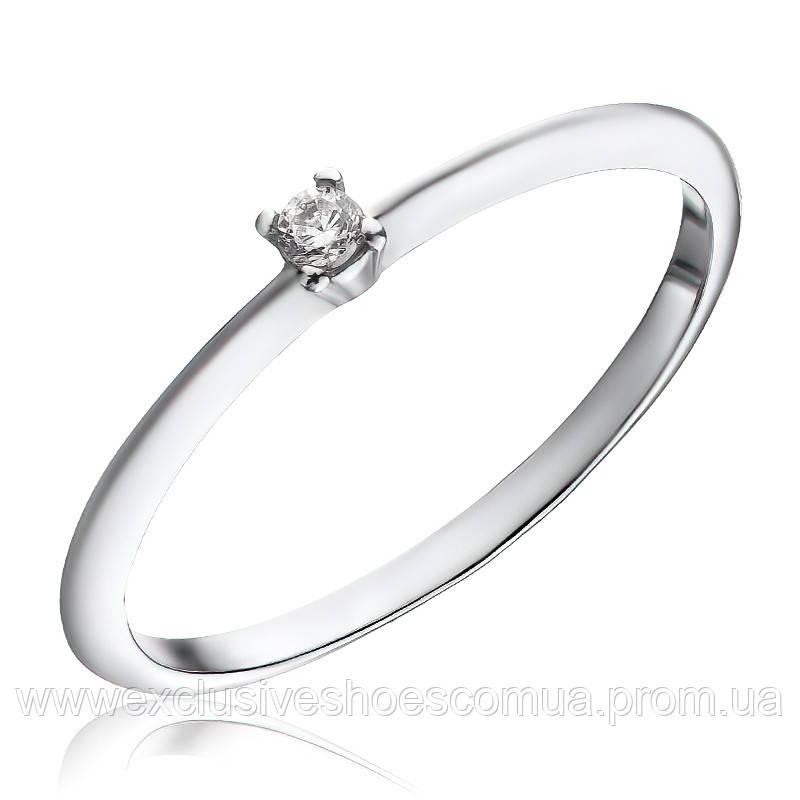 Серебряное кольцо 925 пробы с камушком в центре