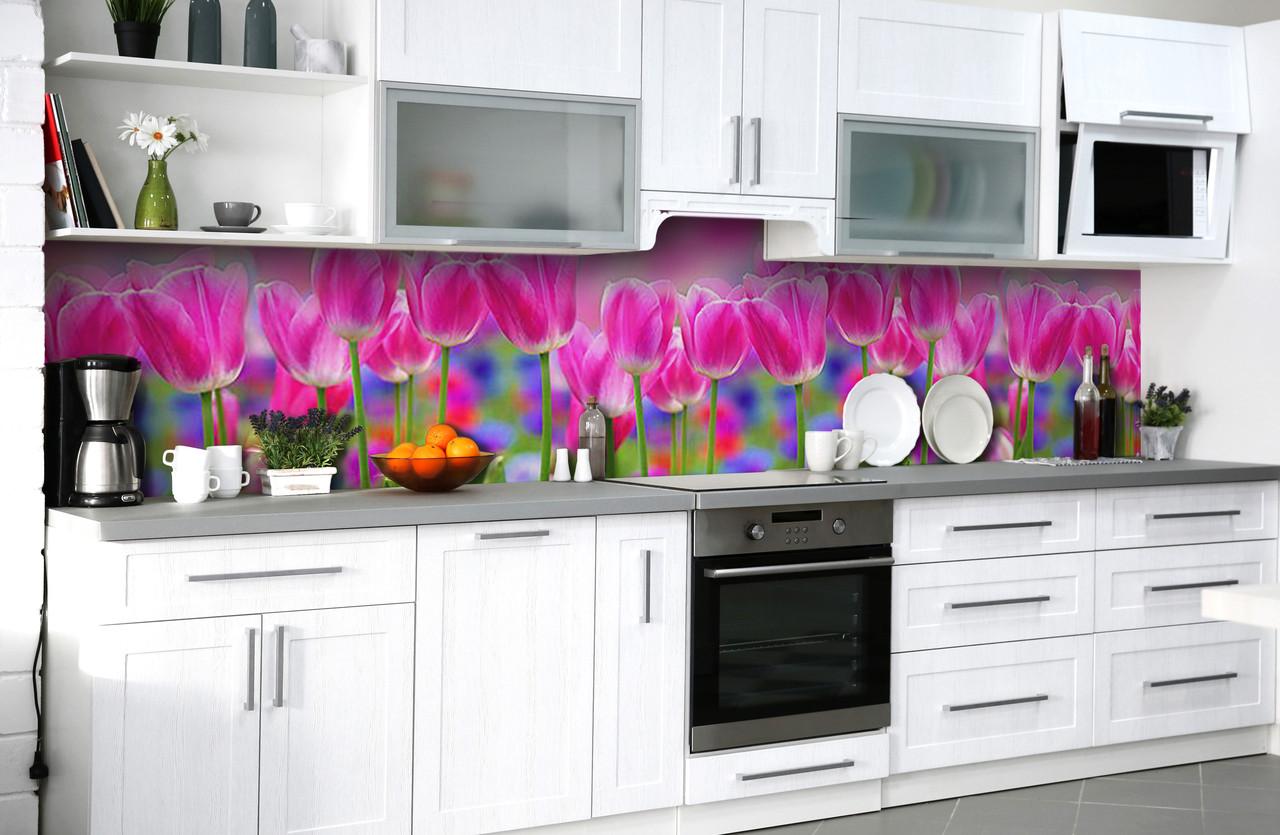 Скинали на кухню Zatarga «Тюльпановое поле» 650х2500 мм виниловая 3Д наклейка кухонный фартук самоклеящаяся