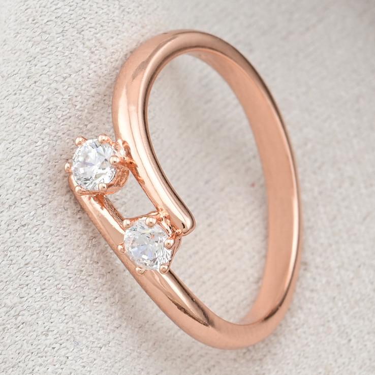 Кольцо Xuping 14729 размер 21 ширина 5 мм вес 1.4 г белые фианиты позолота РО