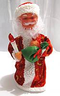 """Новогодняя Фигурка """"Деда Мороза со свечой"""" - музыкальная, цвет: красный, 30 см."""