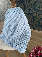Плед детский вязанный из пряжи Alize puffy (голубой) 200х200