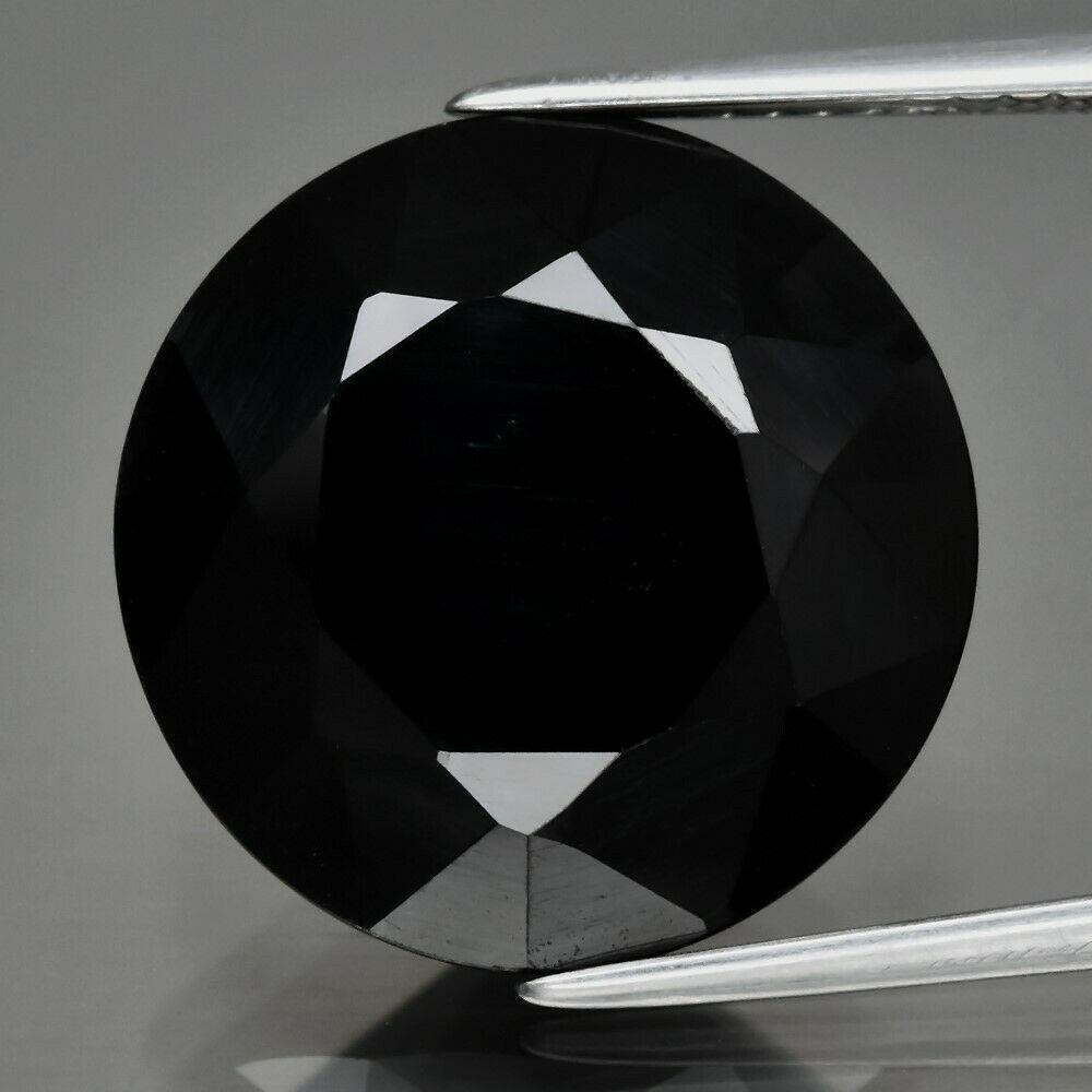 Черная шпинель 13.51ct    15mm
