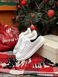 Женские кроссовки Alexander McQueen в стиле александр маккуин белые НА МЕХУ (Реплика ААА+), фото 6