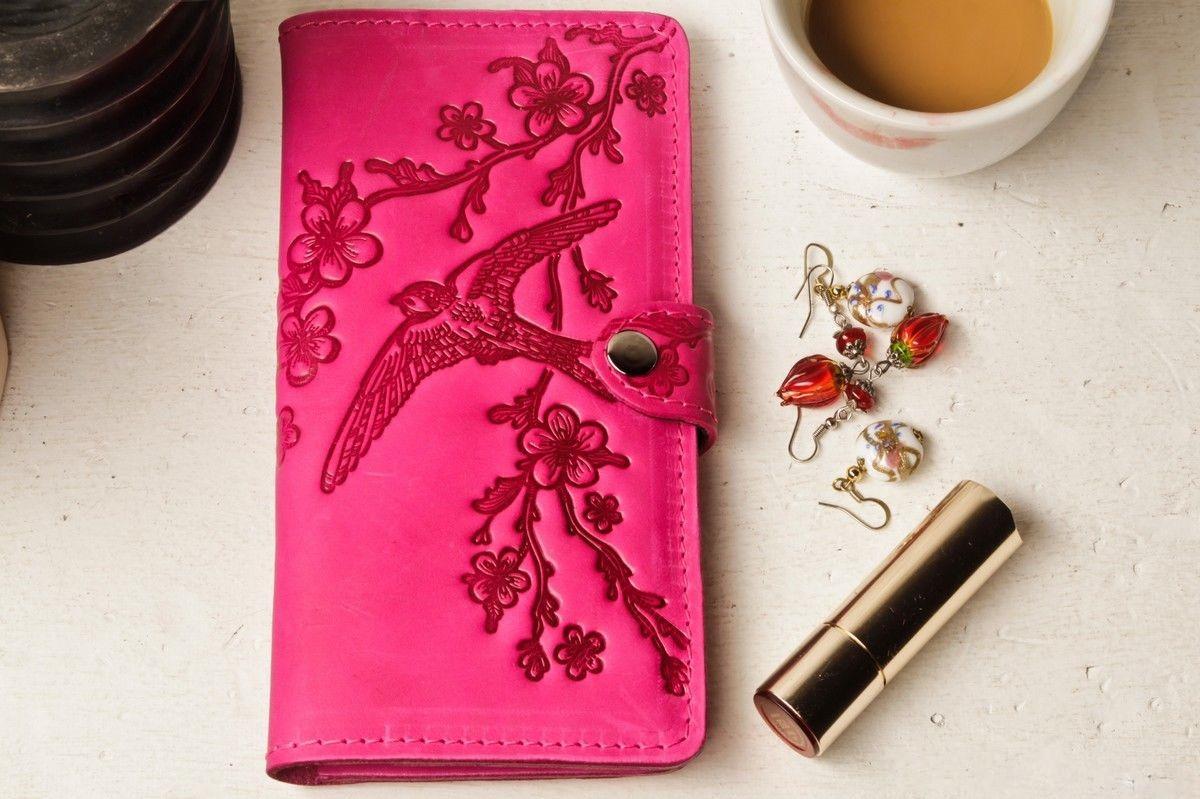 Кошелек кожаный женский Птицы ласточка розовый Солнце, Подсолнух жолтый, Цветы, Перо восточный узор петриковка