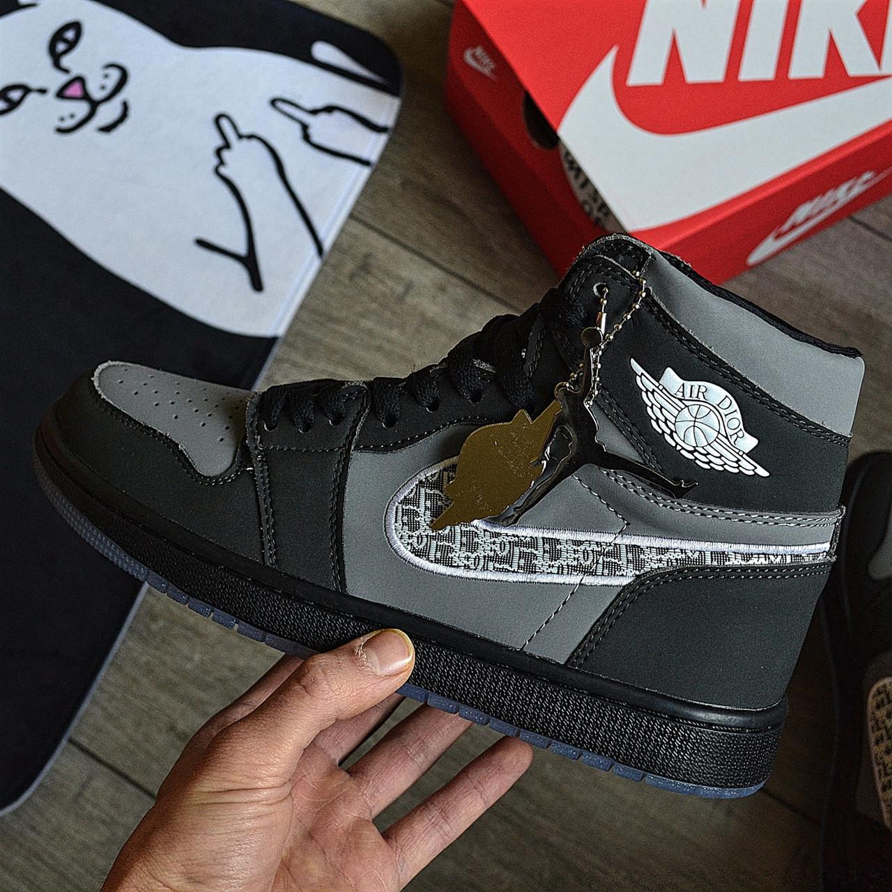 Кроссовки мужские Nike Air Jordan 1 High из коллаборации Диор. Живое фото. Реплика
