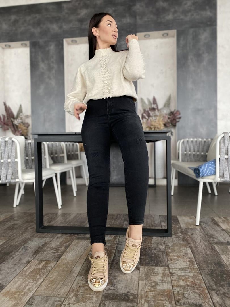 Классные удобные женские джинсы американка, черные с латками.