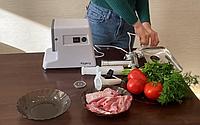 Электромясорубка Kingberg KB-2020 | мясорубка с насадками (2500 Вт, 3 диска, насадки для колбас и кеббе), фото 1