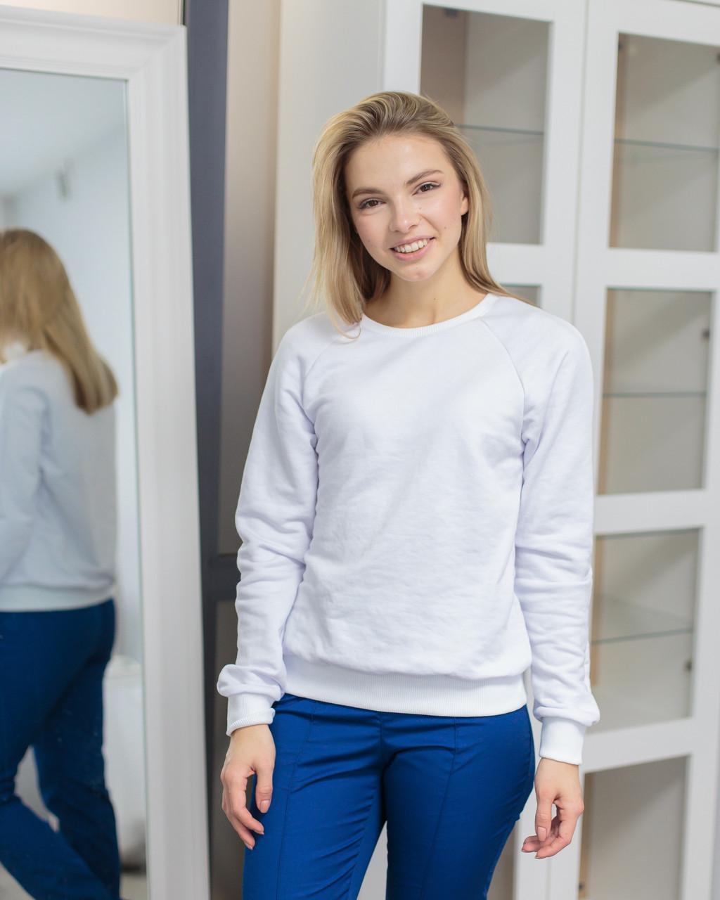 Женский реглан для медиков и beauty-мастеров белый