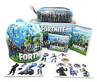 Бокс Фортнайт з шапкою (пенал, блокнот, гаманець, наліпки, шапка) - відмінний подарунок фанатам гри Fortnite, фото 1