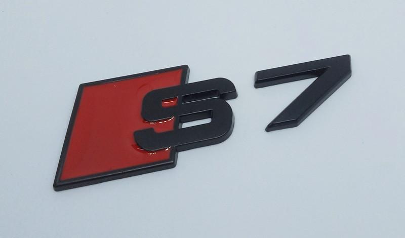 Эмблема шильдик S7 черная на крышку багажника AUDI