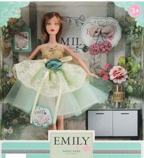 Кукла Emily с аксессуарами в коробке QJ 088 D