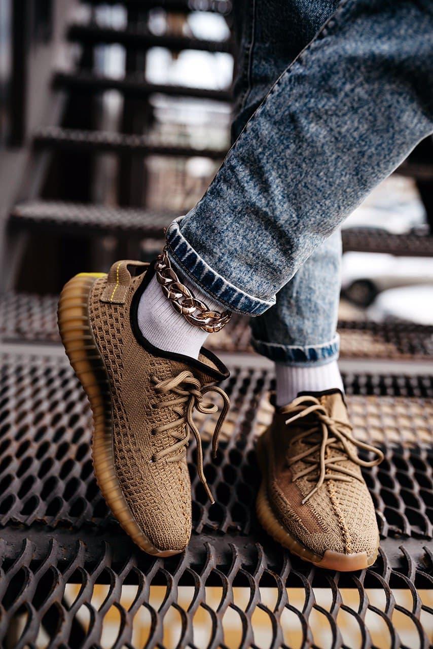 Кроссовки женские Adidas Wmns Yeezy Boost 350 V2 Earth FX9033 Адидас Изи Буст (Non Reflective) Коричневые